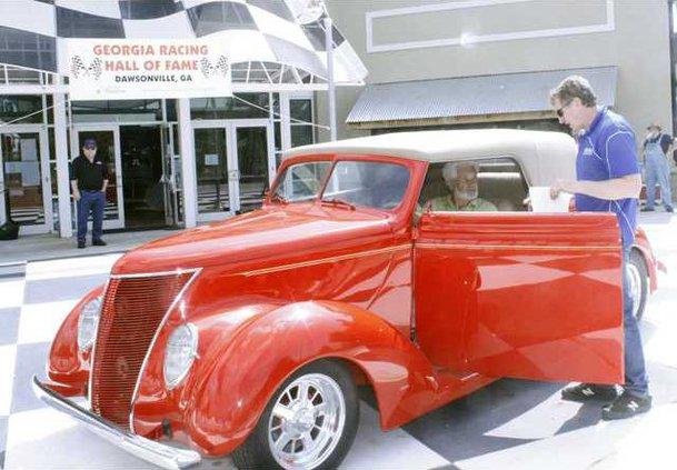 D-Bill Elliott donates car pic