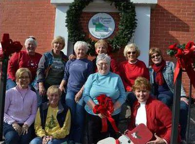 LSM WOMANS CLUB DECORATES copy