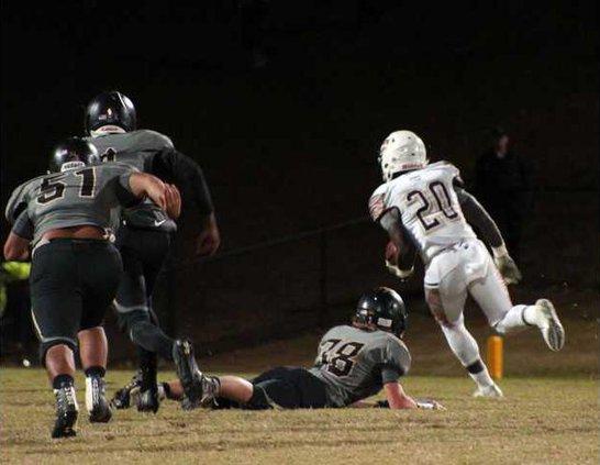 S-Varsity Football pic 1